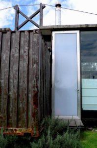Detalle de puerta de Thermia de la casa RDP