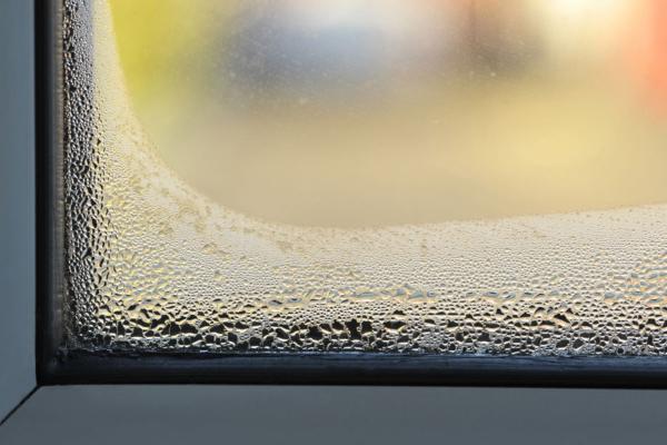 5 claves para evitar la condensación en tus ventanas de aluminio
