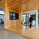 Nueva herramienta comercial para los distribuidores de ventanas Thermia en Girona: un acogedor showroom ambientado en un hogar