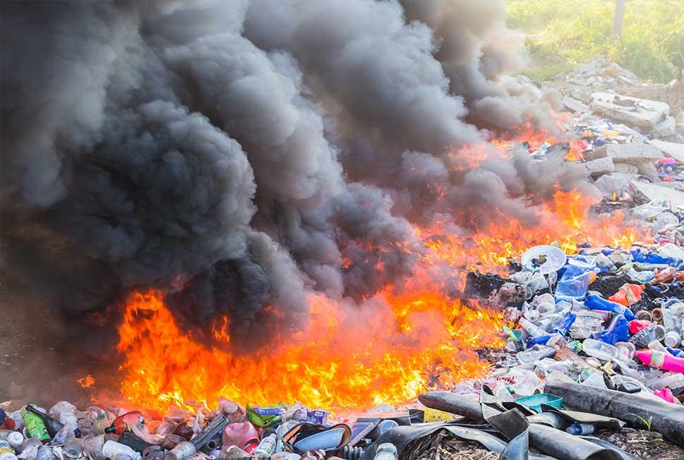 quemar plástico