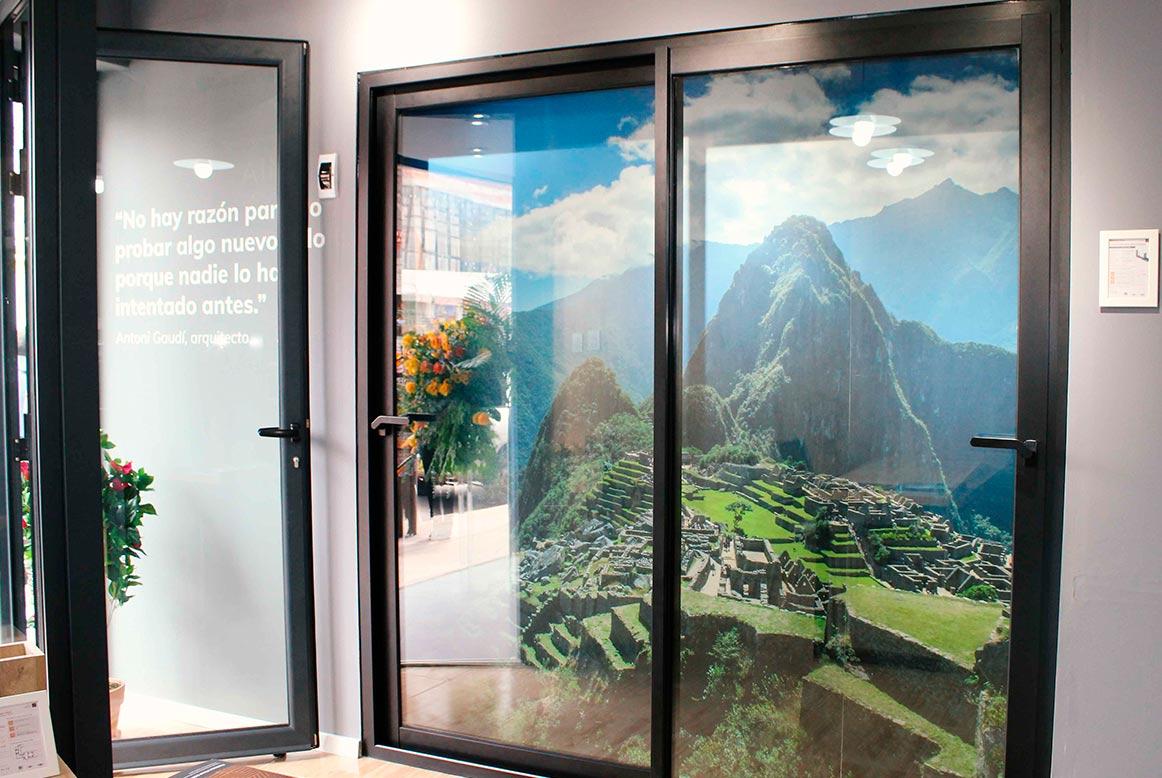 Showroom ventanas Thermia en Cusco