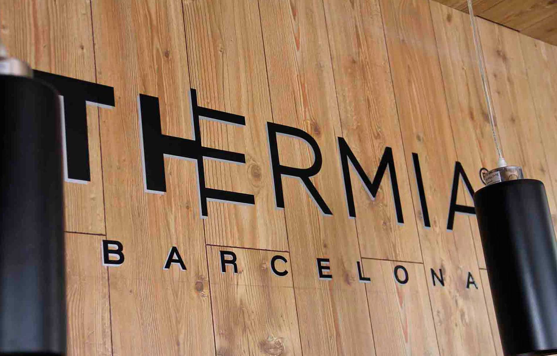 Showroom ventanas Thermia en Trujillo