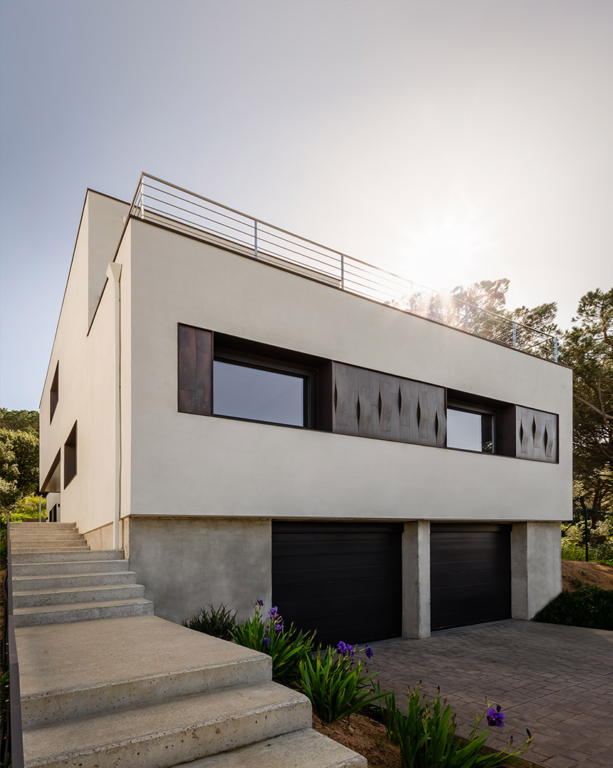 exterior edificio ventanas aluminio thermia