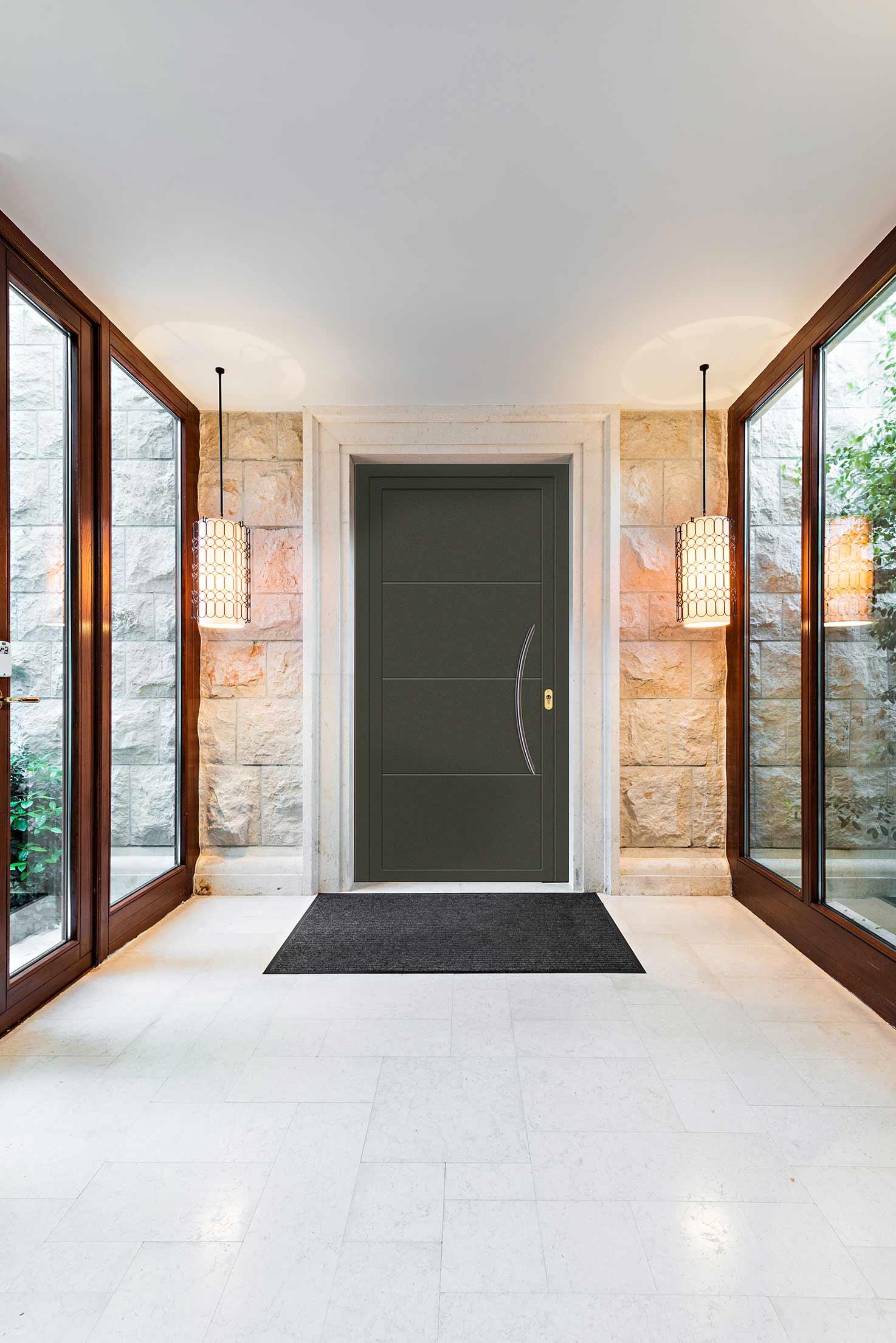 panel puerta entrada