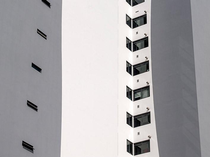 Ventanas Thermia en edificio MQ700