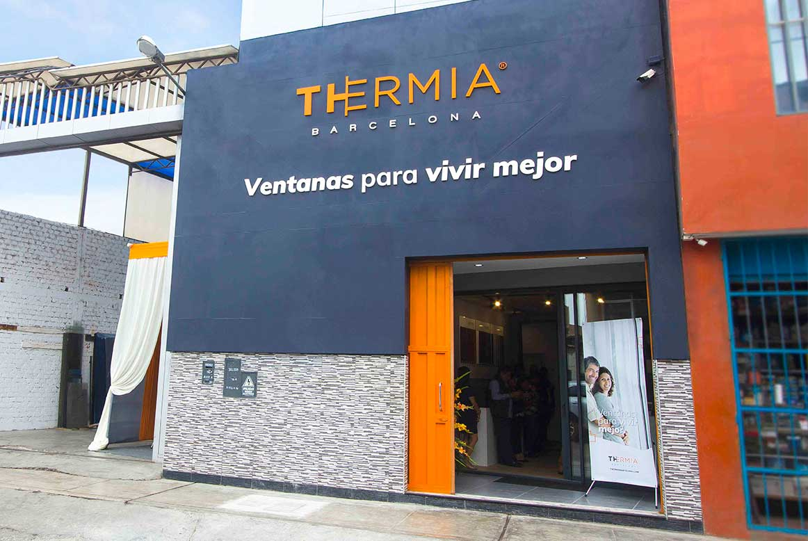 showroom_ventanas-thermia-en-Trujillo-Peru